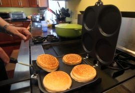 Does It Work: Perfect Pancake Pan, The 'Ove' Glove Oven Rack Shield, Sunny Side Out, Tilt, The Stackable Appetizer Maker – Top Stories – Ohio